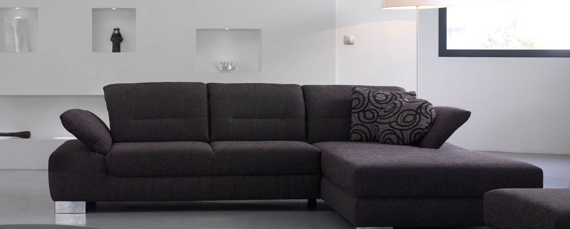 picking the best sofa a quick guide bestmancaves. Black Bedroom Furniture Sets. Home Design Ideas